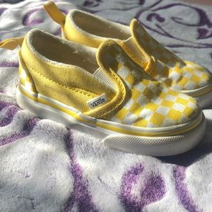 Vans checkers yellow and white Velcro strap
